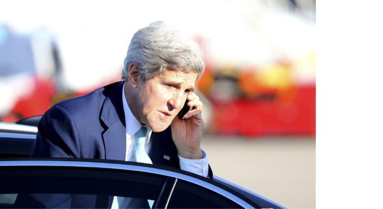 """في """"وزاري عبر الهاتف"""" مع كيري.. دول الخليج ترحب بقمة """"كامب ديفيد"""" خليجية أمريكية"""