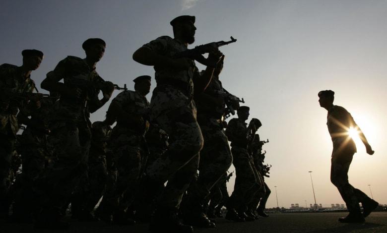 السعودية: مقتل رجل أمن وإصابة 5 أشخاص في تبادل إطلاق نار ببلدة العوامية شرق المملكة