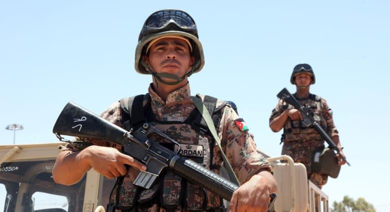الأردن: تحطم طائرة عسكرية أثناء طلعة تدريبية ومقتل طيارها ومتدرب عراقي