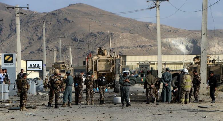 """أفغانستان.. قتلى وجرحى في هجوم بسيارة مفخخة استهدف قافلة لحلف """"الناتو"""""""
