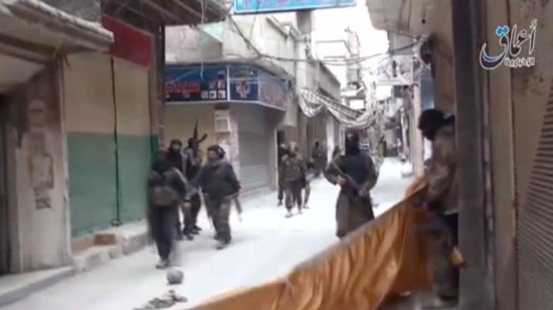 """اليرموك.. هكذا يبدو مخيم الموت بين قبضة """"داعش"""" وقصف النظام"""