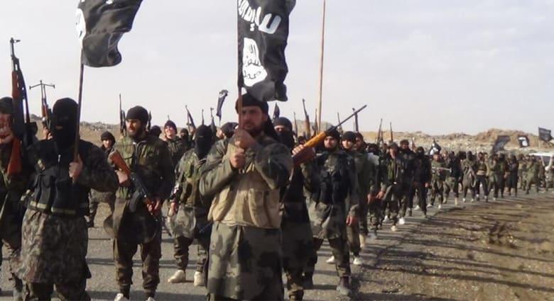 اعتقال 8 أمريكيين خلال 10 أيام كانوا بطريقهم للالتحاق بداعش ومحلل يؤكد: هذا لم يحصل حتى بعد هجوم القاعدة على نيويورك