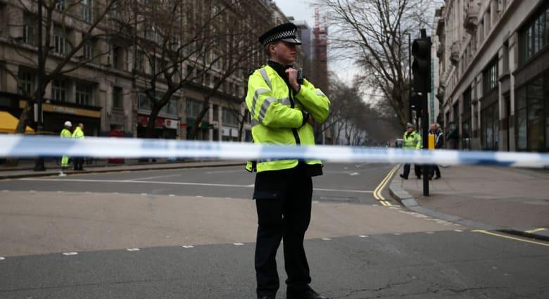 الشرطة البريطانية: توقيف شاب بمطار بيرمنغهام حاول التسلل لسوريا بعد ساعات من اعتقال آخر بماشستر