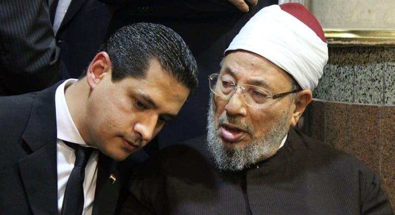 نجل القرضاوي عن والده: سبهم يضايقني كما يضايقني الذباب.. ومقامات الناس محفوظة