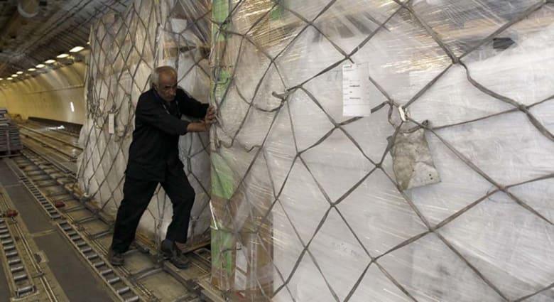 أمل وسط الدمار.. مساعدات الأمم المتحدة تجد طريقها إلى اليمنيين