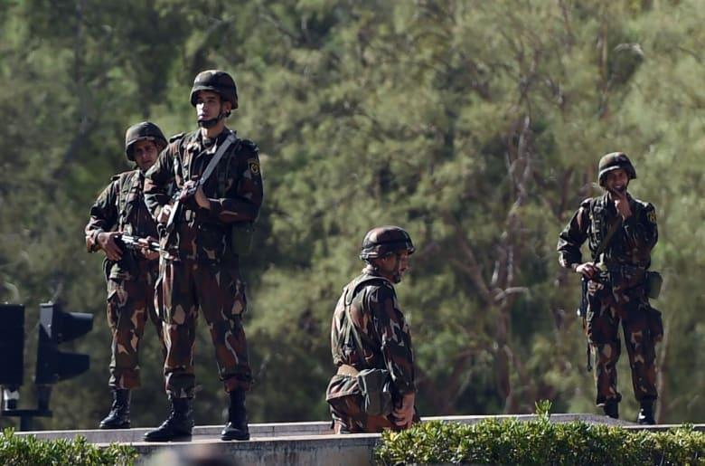 مصادر: مقتل طيارين في تحطم طائرة جزائرية بالقرب من الحدود الليبية