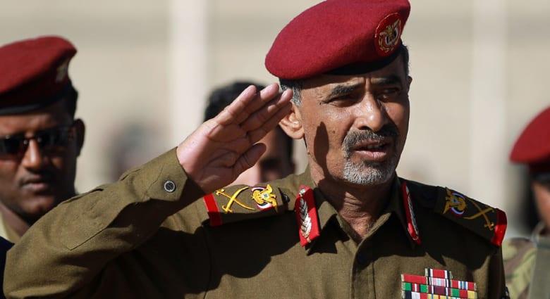 مصدر سعودي: الحوثيون يطلقون سراح وزير الدفاع محمود الصبيحي بعد احتجازه شهرا