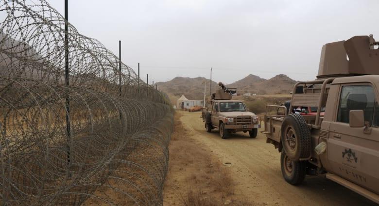 السعودية.. قتيل و4 جرحى في قصف من الأراضي اليمنية استهدف مدرسة ومبنى سكني بنجران