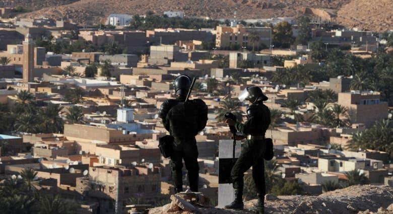 """الجزائر.. مقتل 4 من عناصر الدفاع الذاتي بكمين نصبه """"إرهابيون"""" في باتنة"""
