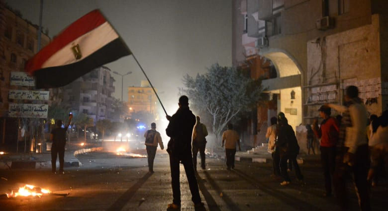 جميل مطر يكتب لـCNN عن التوقعات لمرحلة اضطرابات بالعالم العربي قد تمتد لعقود