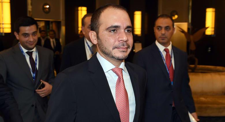 المنافسة في انتخابات الفيفا تنحصر بين علي بن الحسين وبلاتر بعد انسحاب فان براغ وفيغو