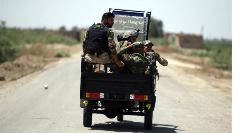 المرجعية الشيعية تحمل قادة عسكريين مسؤولية الانسحاب من الرمادي وتدعو لاستبدالهم