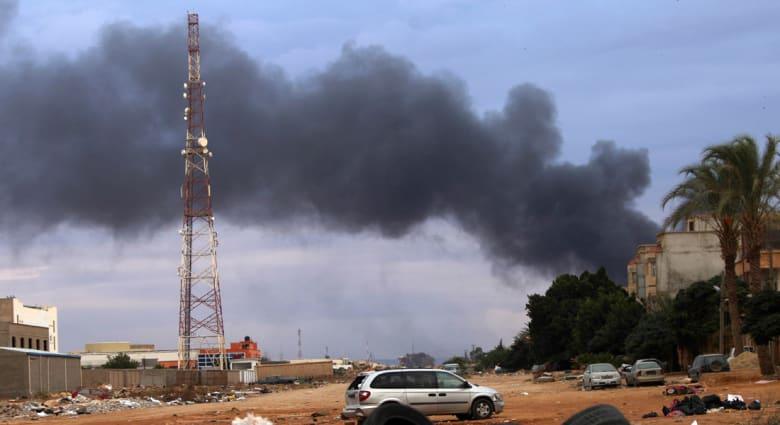 ليبيا: قصف سفينة تنقل مرتزقة وأسلحة ووقودا قبالة سواحل سرت
