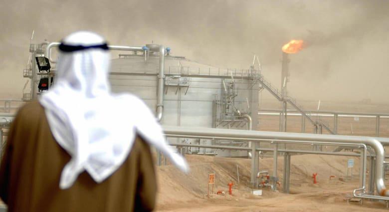 """حقل الوفرة المشترك بين السعودية والكويت.. """"إغلاق ذكي"""" أم خلاف غير معلن؟"""