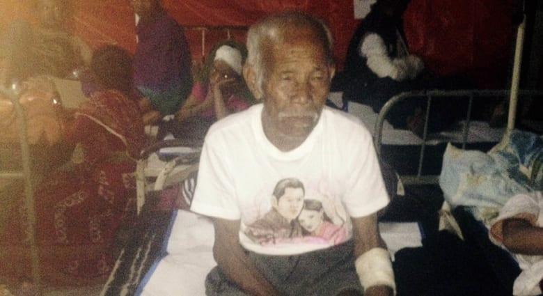 """""""معجزة"""" بعد أسبوع على زلزال نيبال.. انتشال عجوز 101 عاماً حياً من تحت الأنقاض"""