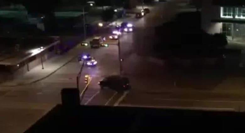 أمريكا.. إطلاق نار على قيادة شرطة دالاس وتفكيك متفجرات وأنباء عن مقتل المهاجم