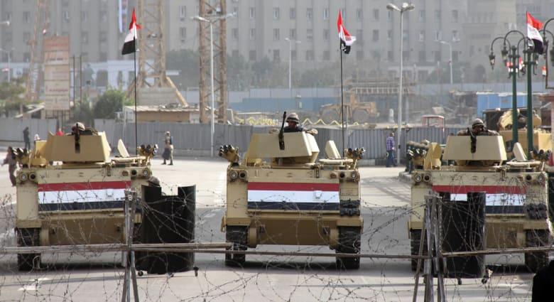 """ترقب واستنفار بمصر بعد الحكم بإعدام مرسي وقيادات الإخوان بقضيتي """"التخابر"""" و""""اقتحام السجون"""""""