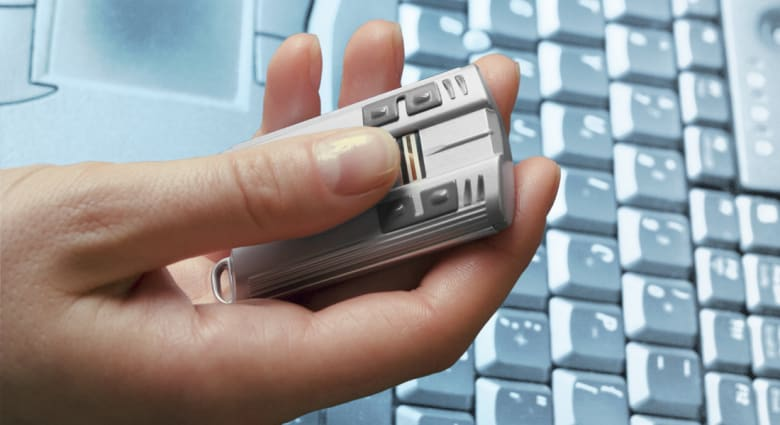 هل ستشتري آبل هذه الشركة المبتكرة لبصمات الأصابع؟