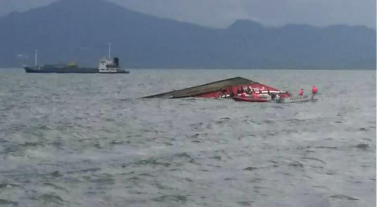 38 قتيلا في انقلاب عبارة ركاب في الفلبين و17 في عداد المفقودين