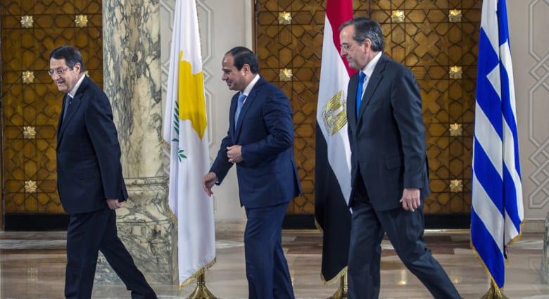 """كيف يمكن أن يؤثر تصويت اليونانيين بـ """"لا"""" على مصر؟"""