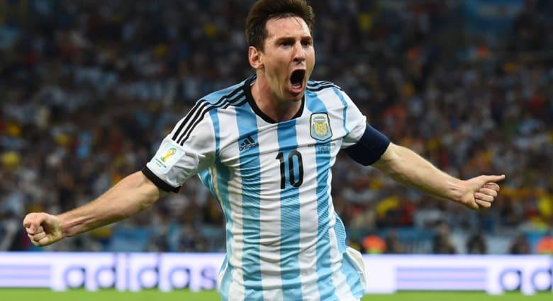 الأرجنتين تتصدر منتخبات العالم والجزائر تهيمن عربيًا