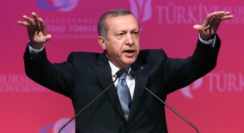 أردوغان: رحّلنا نحو 1300 أجنبي اشتبه بنيتهم الانضمام لداعش.. والتظيم مدعوم من النظام السوري