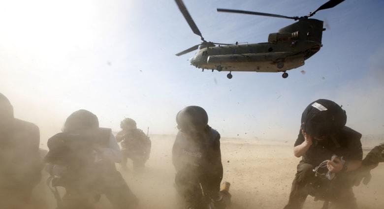 """أفغانستان.. مقتل 8 جنود بـ""""نيران صديقة"""" في غارة أمريكية """"بالخطأ"""""""
