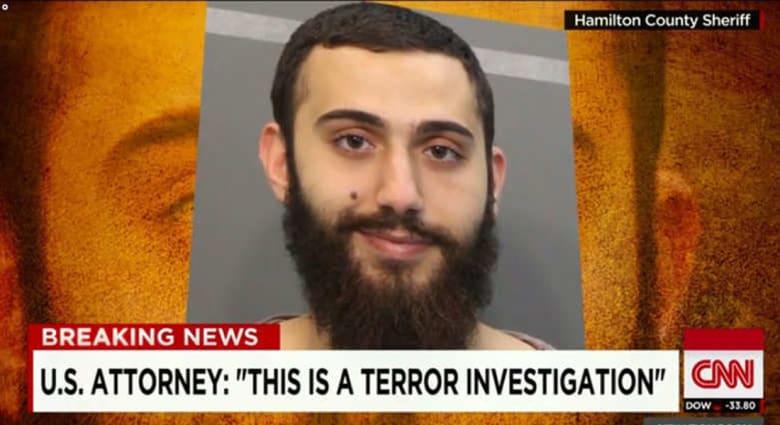 """صديق منفذ """"هجوم تينيسي"""" يكشف لـCNN: وصف """"داعش"""" بأنه """"جماعة غبية معادية للإسلام"""""""