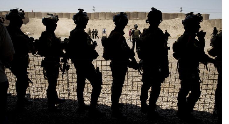 """بعدما طمأن الحلفاء تجاه الاتفاق مع إيران .. كارتر يبحث في بغداد الحرب على """"داعش"""""""