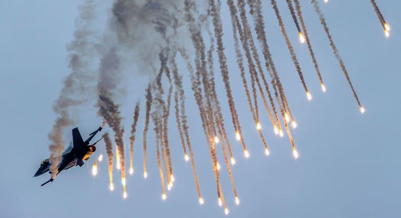 مسؤول بأنقرة لـCNN: سلاح الجو التركي شن غارات على أهداف لتنظيم داعش داخل سوريا فجر الجمعة