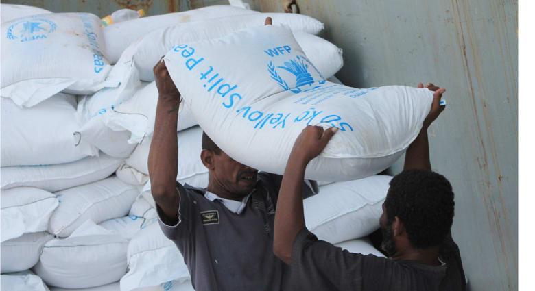 التحالف يعلن هدنة إنسانية في اليمن لـ5 أيام مع استمرار الحظر الجوي والتفتيش