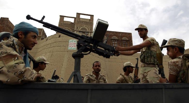 الحكومة اليمنية والحوثيون يتبادلون الاتهامات حول انتهاك الهدنة الإنسانية