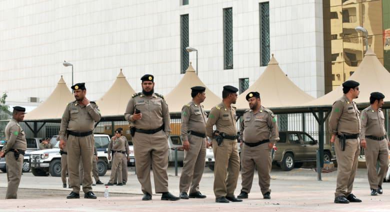 """السعودية.. تنفيذ الإعدام بحق 3 """"جناة"""" ومقتل شرطي في هجوم بـ""""القطيف"""""""