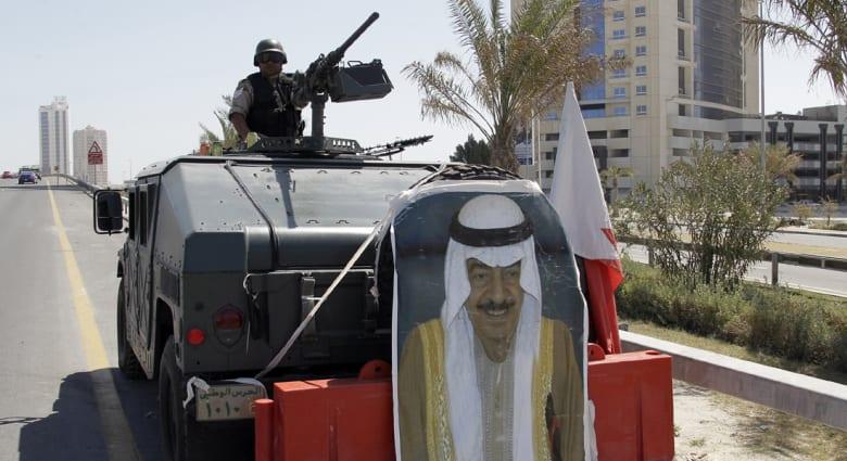 """البحرين.. خليفة يدعو لموقف خليجي موحد ضد """"الفتن"""" واتخاذ """"العبرة"""" من أحداث المنطقة"""
