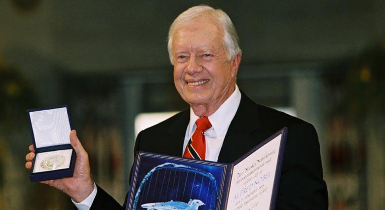 الرئيس الأمريكي الأسبق جيمي كارتر يخضع لعملية جراحية لاستئصال ورم في الكبد
