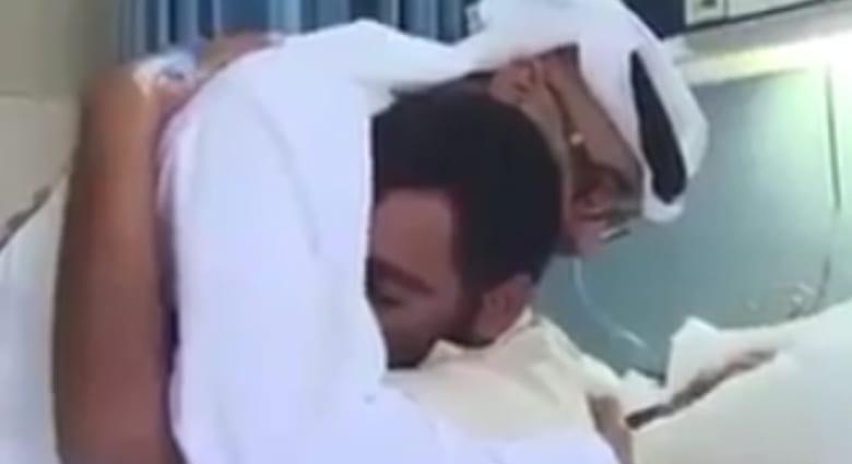 بالفيديو.. عسكري اماراتي جريح يناشد محمد بن زايد السماح له بالعودة إلى جبهات القتال باليمن