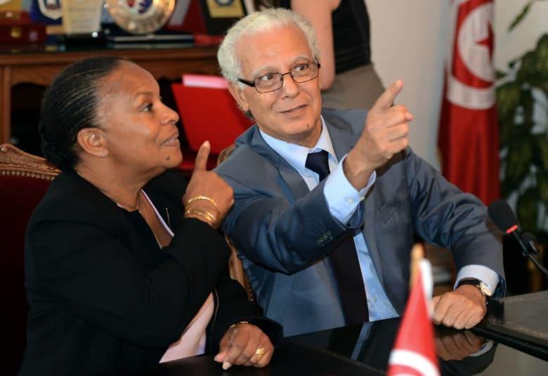"""وزير العدل التونسي يدعو بلاده إلى إلغاء تجريم """"اللواط"""" واحترام الحريات الخاصة"""