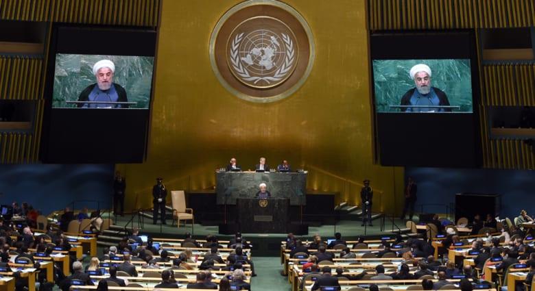 """روحاني يعلن """"بدء فصل جديد"""" بين إيران والعالم وينتقد السعودية وأمريكا ويعرض المساعدة بسوريا واليمن"""