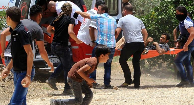 الهلال الأحمر الفلسطيني: مستوطن يهاجم فلسطينيين اثنين قرب بيت لحم