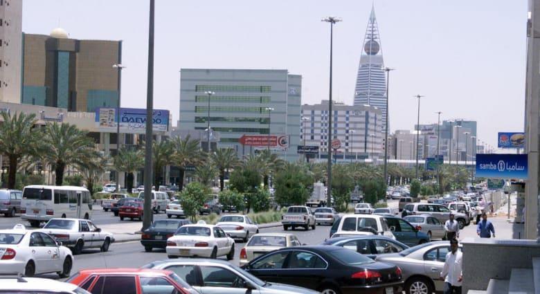 مستشار سابق بوزارة المالية السعودية يبين لـCNN وضع المملكة الحالي بتراجع أسعار النفط ولماذا لا تقلص حجم انفاقها