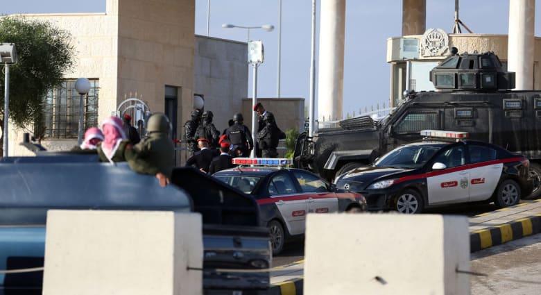من الأردن.. من هم قتلى إطلاق النار على المتعاقدين الأمنيين الأجانب بعمان؟ وما طبيعة عملهم؟