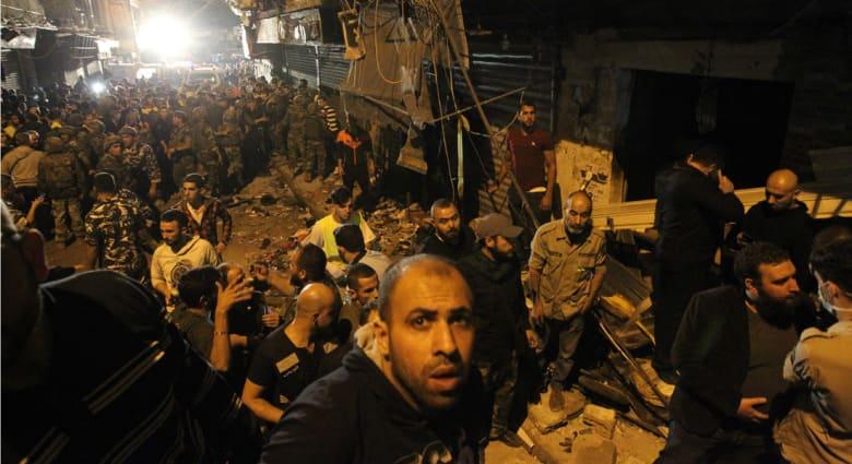 السلطات اللبنانية: لم نتأكد حتى الآن من وجود انتحاري ثالث في هجوم الضاحية الجنوبية
