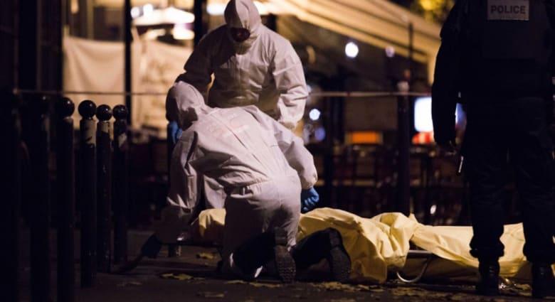 مصدر لـCNN: العثور على جوازي سفر مصري وسوري قرب جثتي اثنين من المهاجمين في باريس