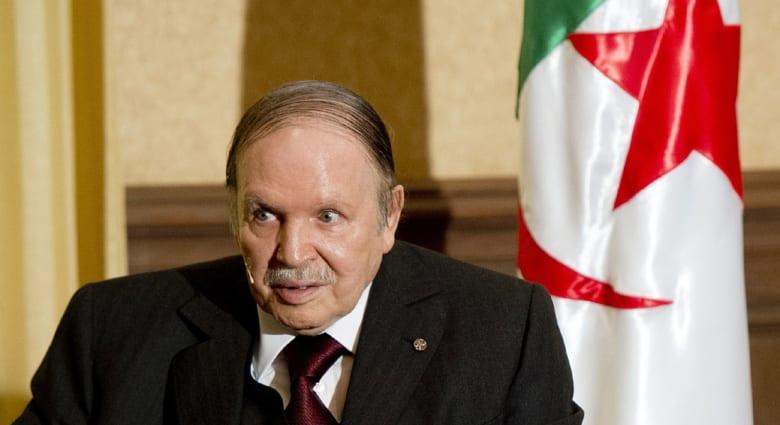 رجل أعمال جزائري يرفع دعوى ضد إذاعة فرنسية سخرت من استمرار مرض بوتفليقة