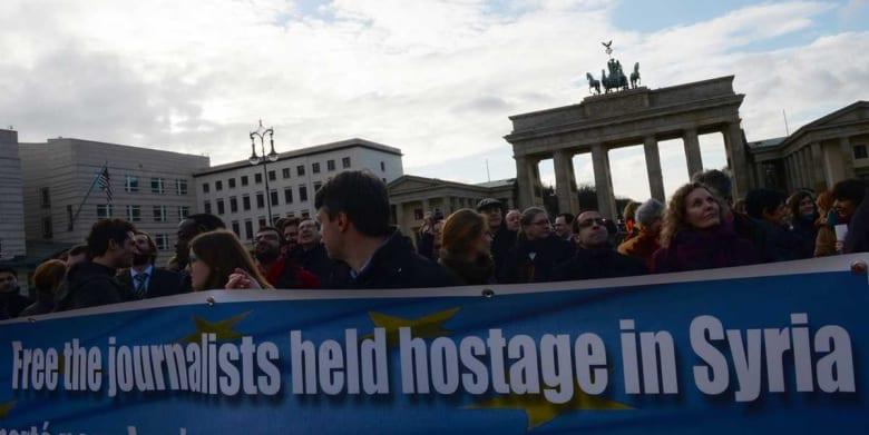 مراسلون بلا حدود: سوريا تسجل أكبر نسبة اختطاف للصحفيين ومصر ثاني بلدان العالم سجنًا لهم