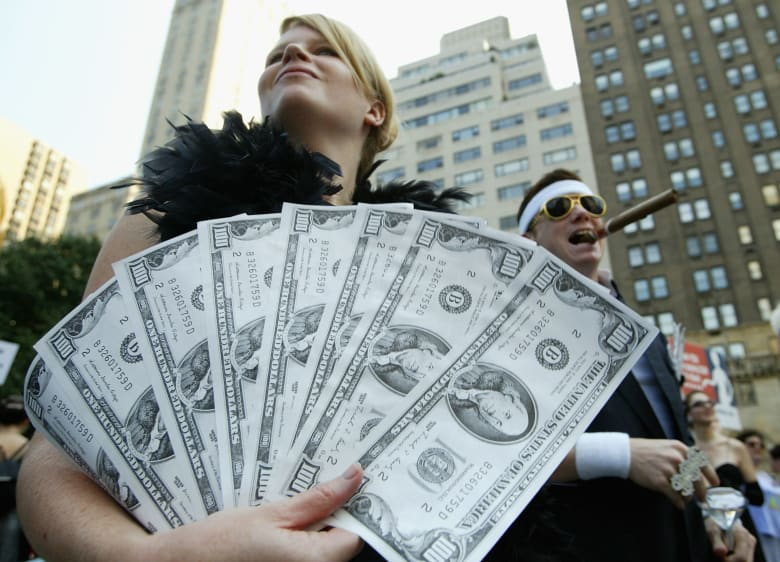 النساء تهدد عرش الرجال في نادي المليارديرات.. عددهن ارتفع 560% خلال 20 عاما