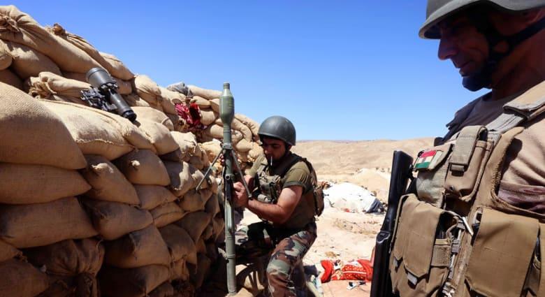 """العراق.. 7 قتلى بـ4 هجمات انتحارية لداعش قرب تلعفر وقصف معسكر """"بعشيقة"""" بالهاون"""