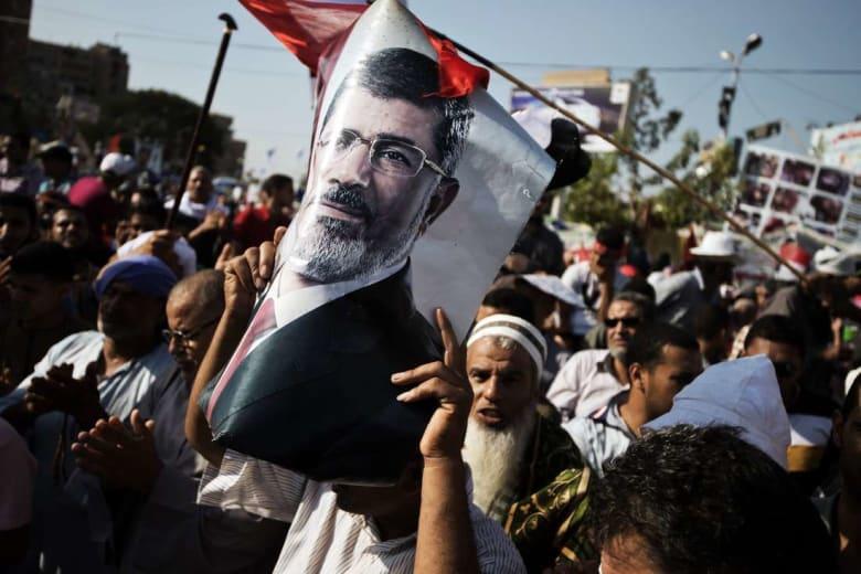 """تقرير بريطاني يربط بين """"الإخوان المسلمين"""" والتطرّف.. والجماعة: """"هذه حملة تحريض داعمة للانقلاب"""""""