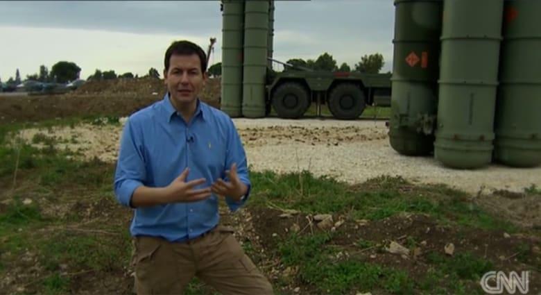 حصرياً بالفيديو: مراسل CNN من قاعدة حميميم الروسية بسوريا.. موسكو بين دعم الأسد وقتال داعش
