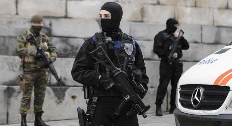 """بعد إعلان اعتقال شخصين ببروكسيل.. مسؤول بلجيكي لـCNN: المشتبه بهما انخرطا بعصابة """"دراجات نارية مسلمة"""" تدعى """"كاميكازي رايدرز"""""""